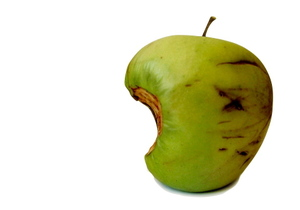 can a few bad apples spoil the whole barrel The phrase a few bad apples is much more popular now than it was decades  ago linguist  take it one way or the other, it can't help being wise  the  osmond brothers sang, one bad apple don't spoil the whole bunch.