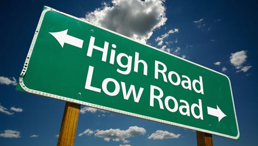 High_Low_road_sign_520